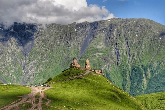 Kazbegi Scenic Private Full Day Tour from Tbilisi