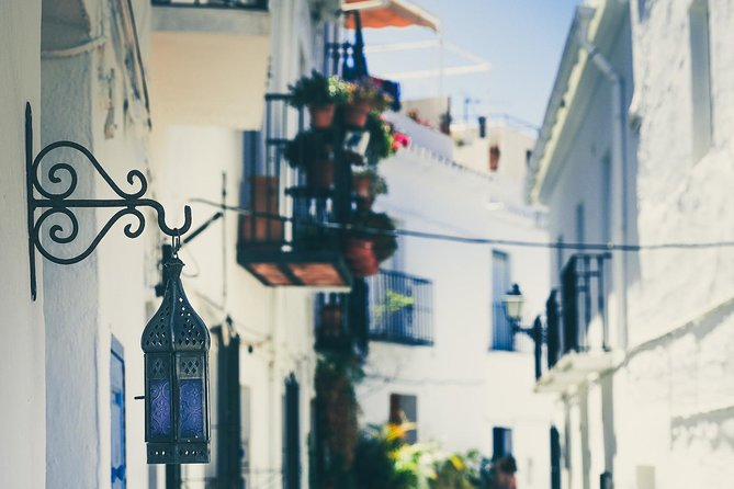 Frigiliana & El Acebuchal, visual harmony and lost villages