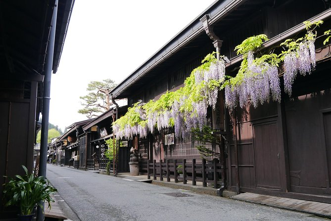 Takayama Full day private guided tour