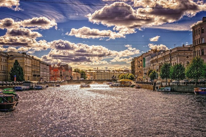 1-day tour of St Petersburg with Hermitage and canal trip