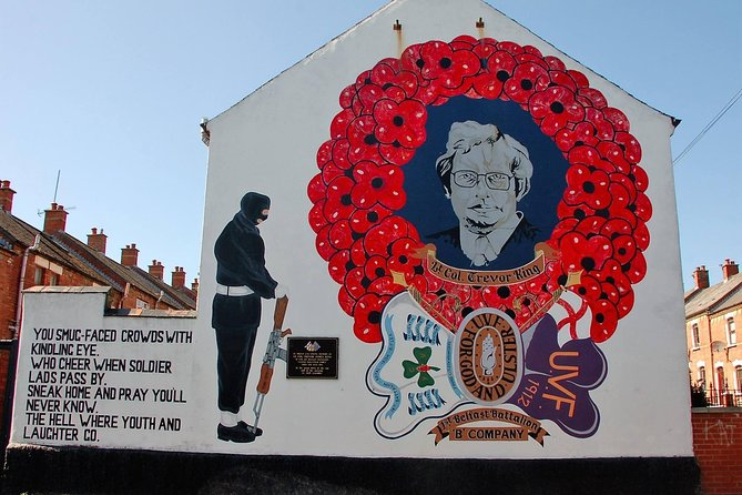 Republican & Loyalist original mural and history Belfast cab tour