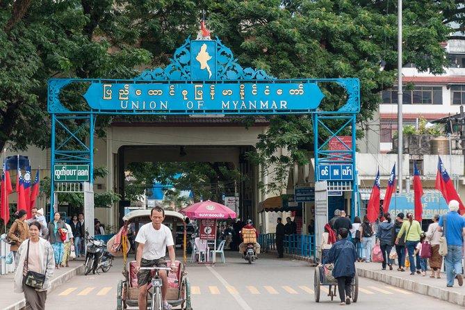 Myanmar Border-Crossing & Mae Khong River Cruise Tour