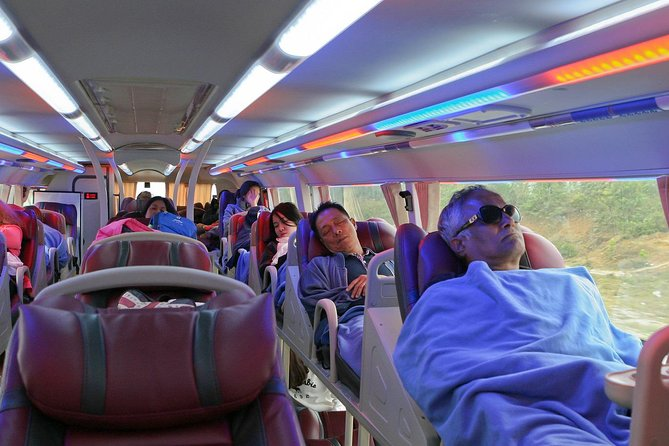 Ha Giang Transfer Services: Sleeper Bus Or Limousine