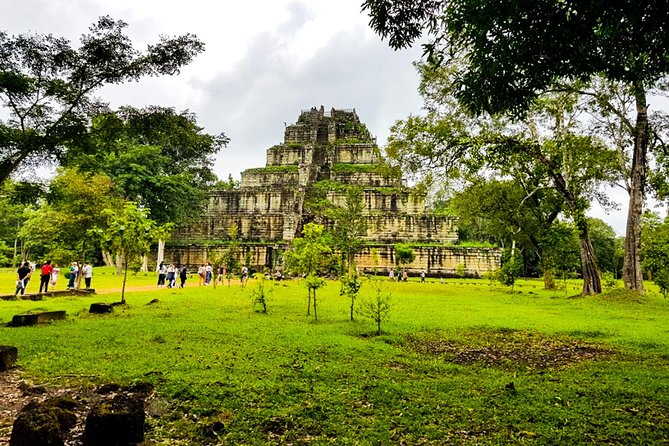 Full Day Discovering Koh Ker and Beng Melea