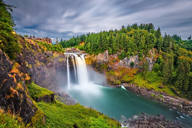 Full-Day Private Seattle Tour, Snoqualmie Falls & Wine Tasting, up to 12 Guests