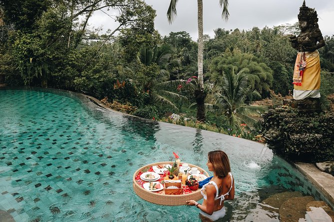 Amazing Floating Lunch Tour