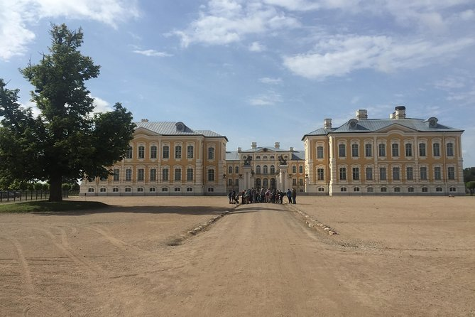 Riga to Vilnius via Bauska Castle, Rundale Palace & the Hill of Crosses