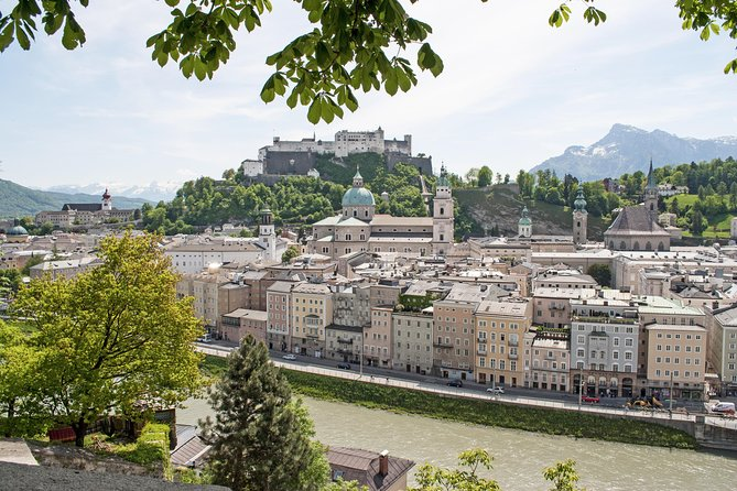 Eagle's Nest and Salzburg City Private Tour