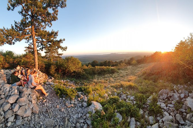 SUNSET Hike with Wine tasteing
