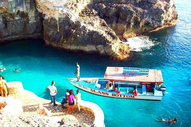 Negril Seven Miles Beach & Rick's Cafe Fun Day Private Tour from Montego Bay