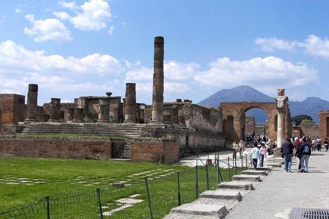 Shore excursions Pompeii & Vesuvius