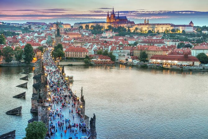Private Scenic Transfer from Budapest to Prague with 4h of Sightseeing