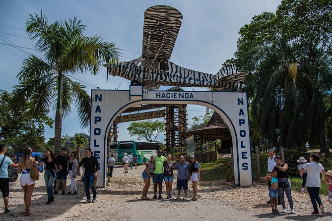 Theme Park Naples Estate, a Savage Adventure