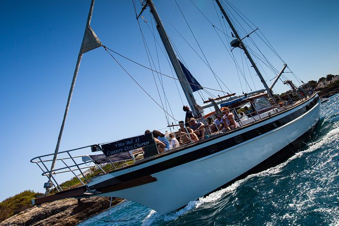 Spring into Autumn Sunset Sailing Cruises with BBQ