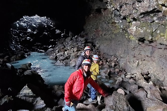 Craters, Thermal Areas, Caves and Mountains SuperJeep Tour