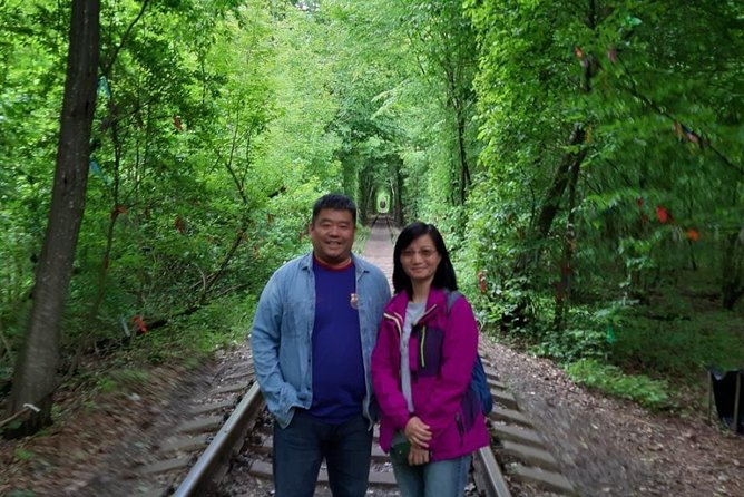 Tarakaniv Fort & Tunnel of Love Round-Trip Transfer from Kyiv by Private Vehicle