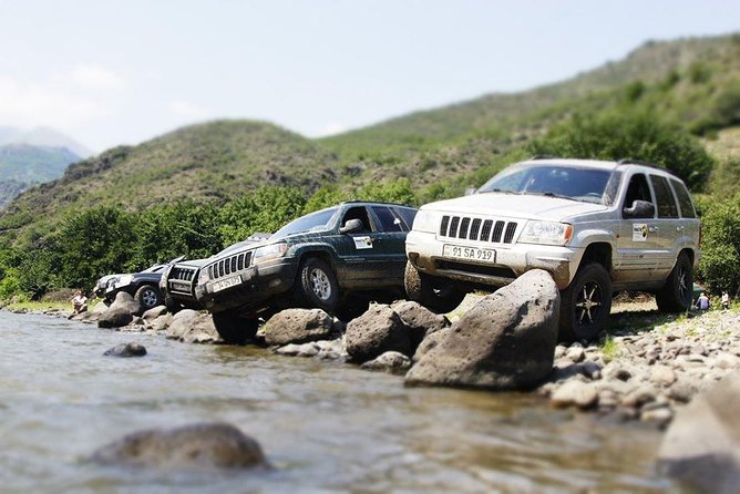 4x4 Jeep Tour in Armenia photo 3