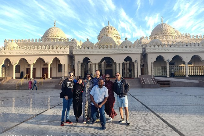 Private City Tour Hurghada 4 HRS with Egyptian Food Dinner _Rated as Top Program