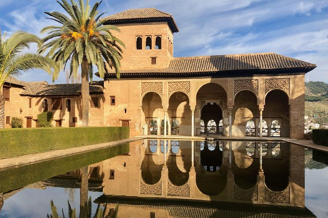 The Alhambra and Generalife - private tour photo 4