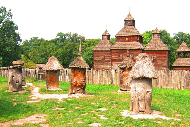 """Private Day Tour To The Museum Of Folk Architecture And Way Of Life """"Pyrohiv"""""""