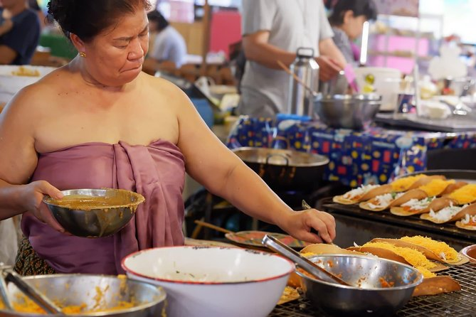 Half-Day Bangkok Community Food Art and Culture Tour