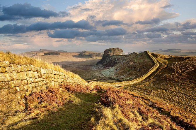 Private Tour of Historic Hadrian's Wall: Full Day, Tour for 8