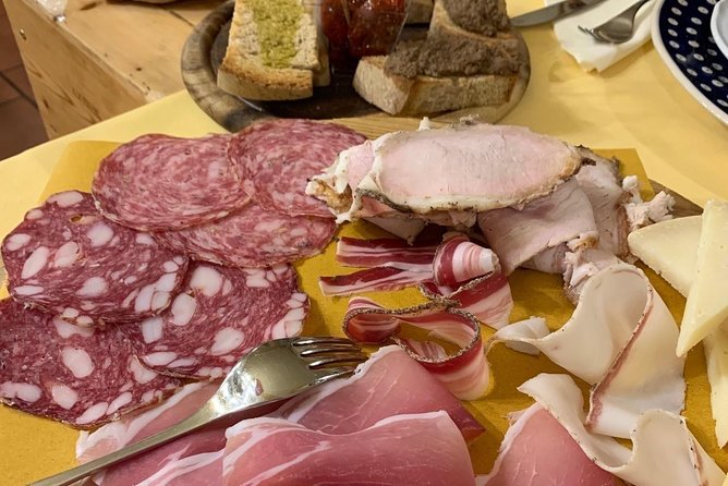 Hidden Tuscany Tour : Villages, Wine, Food, Hills and Coast