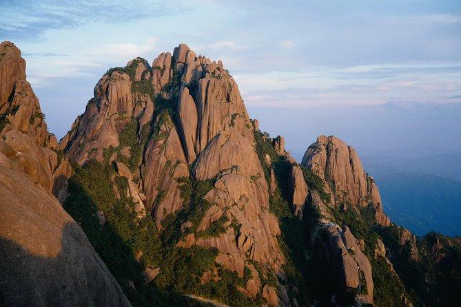 4 Days Huangshan(Mount Huang)Nature with Hongcun&Xidi Village Tour(5-star hotel)