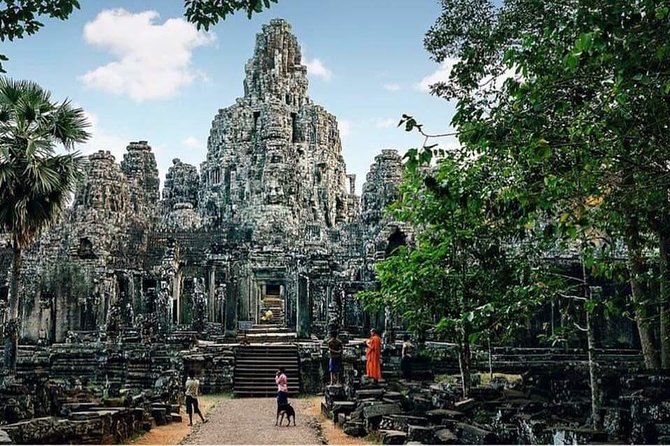 Temple Tour including Angkor Wat & Floating Village photo 6