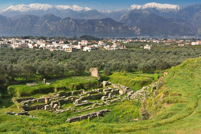 Ready For A Trip To These Historical Towns in Peloponnese?
