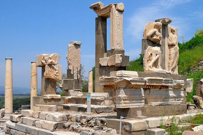 Small Group Tour from Kusadasi Port to St.Mary's House, Ephesus and Surroundings