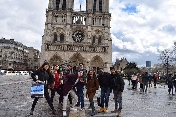 Paris Amazing Highlights & Hidden Gems Group Tour photo 10