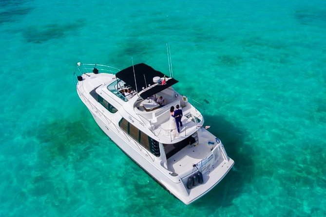 Playa Mujeres rent a Yacht 6hrs with Food and drinks aboard (MagicSea-P4) photo 7