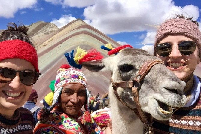 Rainbow Mountain private Tour 1 Day, departure from Cusco at 08:00 AM