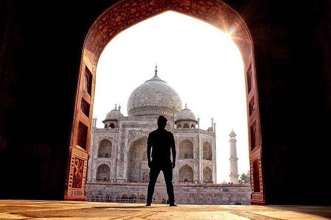 Full Day Taj Mahal, Agra Fort , New Delhi and Local Shopping