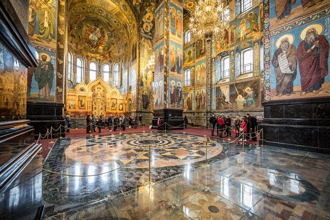 Private tour of the three best cathedrals of St. Petersburg photo 12