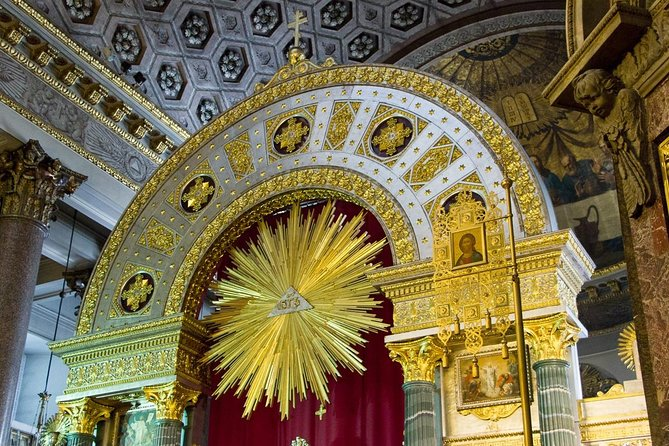 Private tour of the three best cathedrals of St. Petersburg photo 10