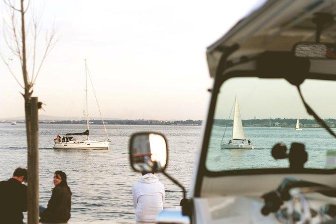 Tuk Tuk Tour - Sailing Views