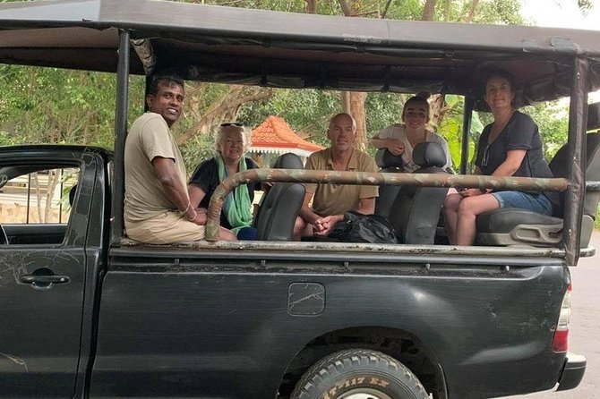 Personalised Tour guide for small travel groups throughout Sri Lanka.