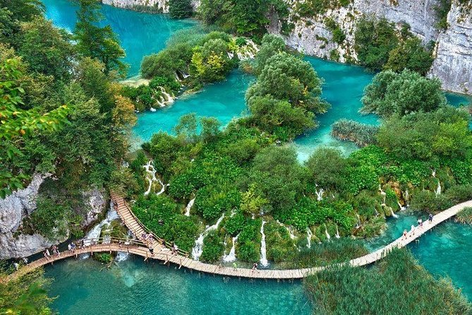 Plitvice guided tour- Tickets included
