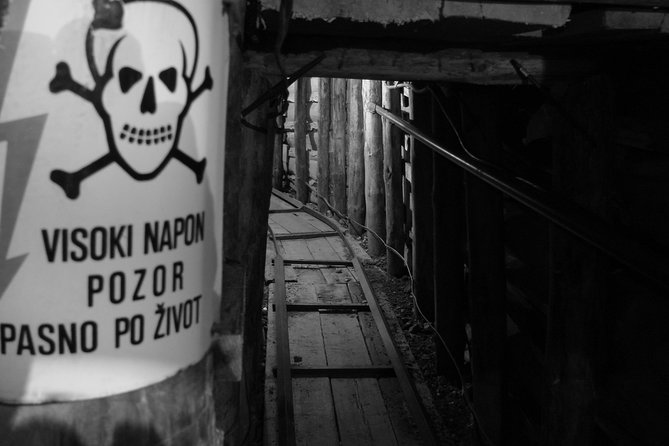 Gloom And Doom: The Siege Of Sarajevo Tour photo 8