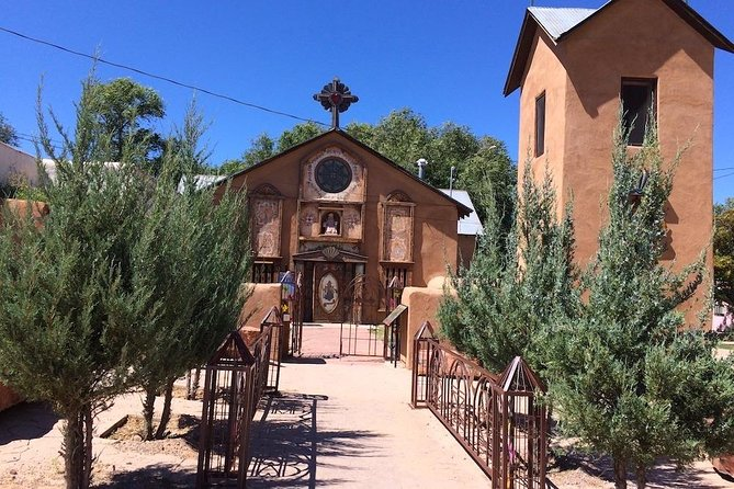 Exploring the Magic of Northern New Mexico: Scenery, Pueblos and Churches