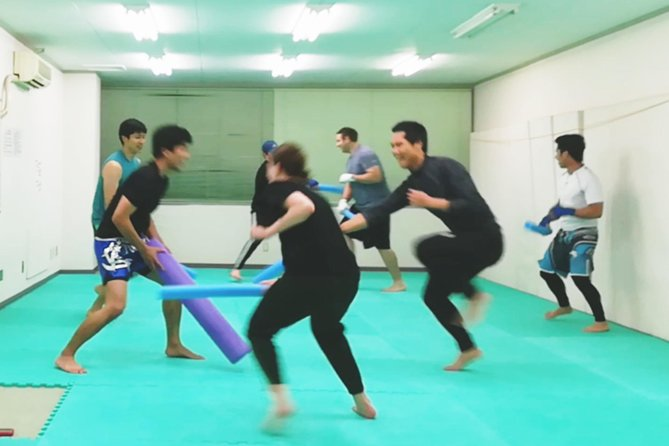 fun kickboxing class for beginners photo 3