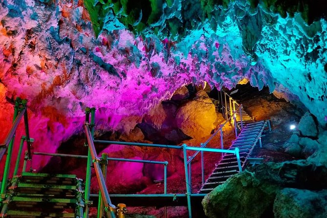 CAVE OKINAWA A mysterious limestone cave that you can easily enjoy!