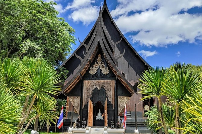 Chiang Rai : Join tour One day White temple + Bann dam museum + Golden Triangle photo 11
