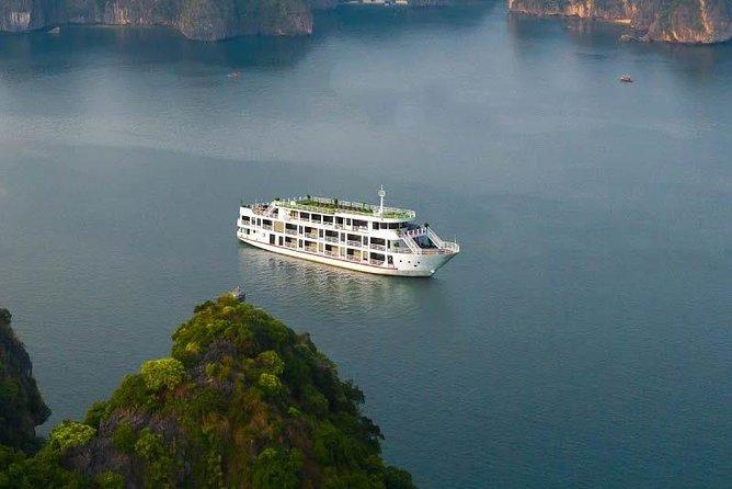 Magenta Cruise 5 Star - Ha Long Bay & Lan Ha Bay 3 Days 2 Nights Tour