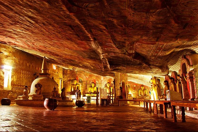 Day Tour to Sigiriya Rock Fortress & Dambulla Cave Temple From Kandy. photo 3