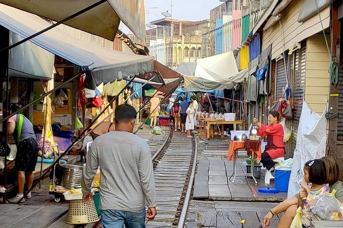 Amphawa Floating & Maeklong Railway Market Day Tour by SBK Day Tour With Lunch photo 8