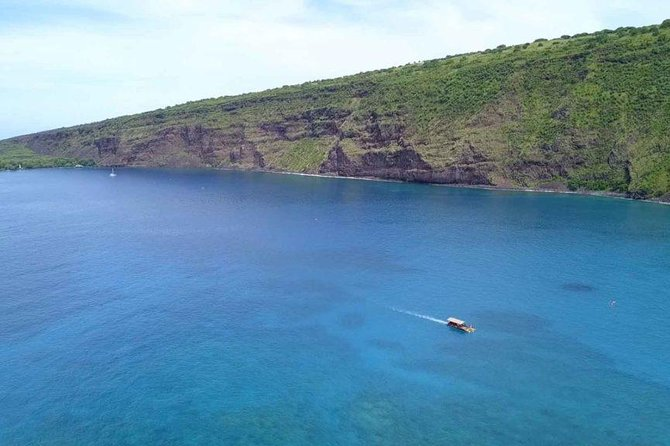 Historical glass bottom boat snorkeling adventure on the Big Island of Hawaii photo 1