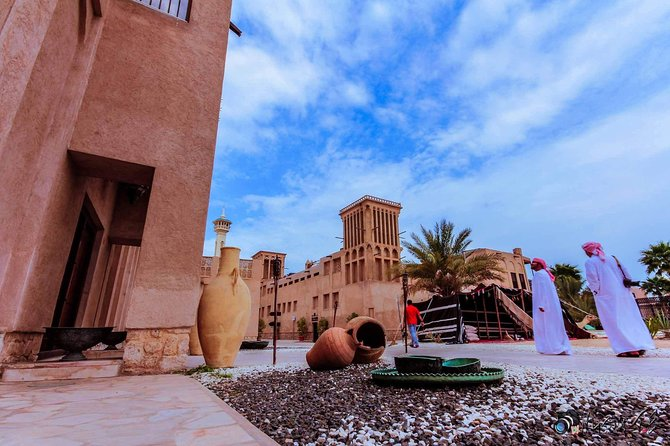 Walking Dubai City Tour / Journey into The Historical District